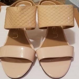 Shoes heals womens